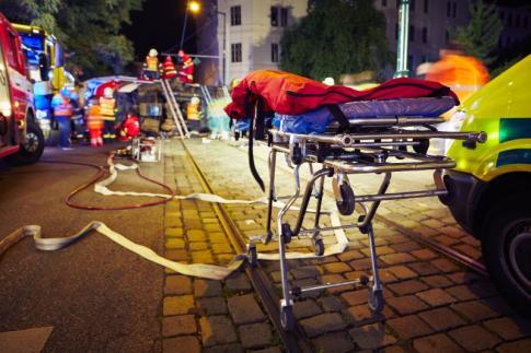 accident de la route, ambulances